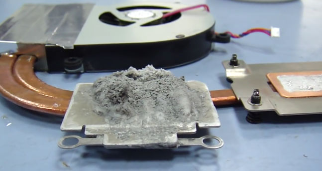 Реакция алюминия на жидкий металл