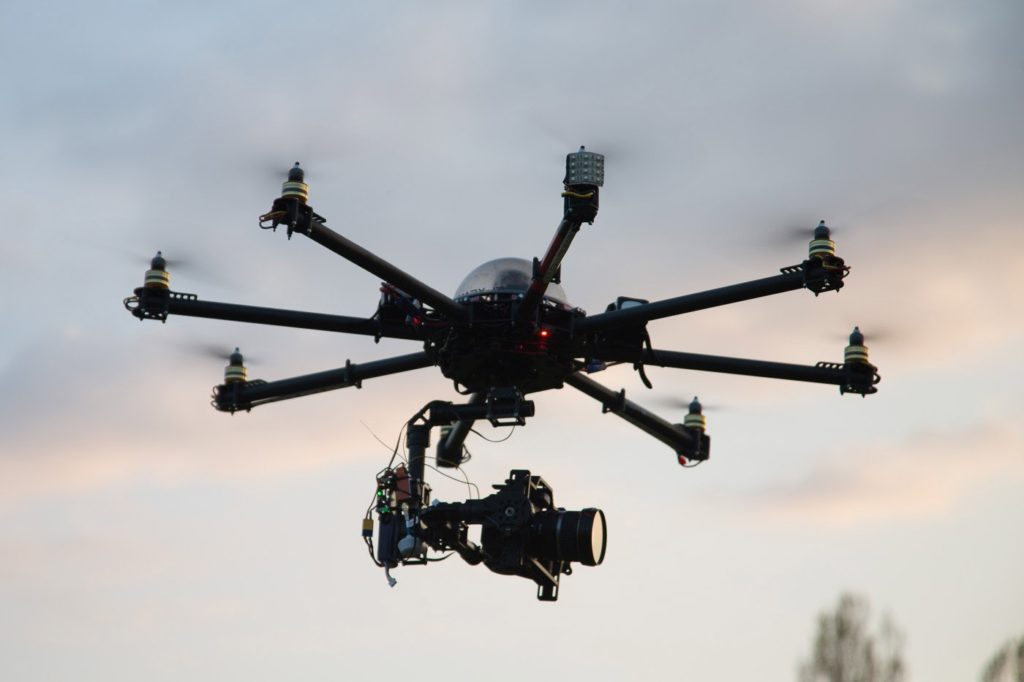 Как выбрать квадрокоптер для профессиональной камеры